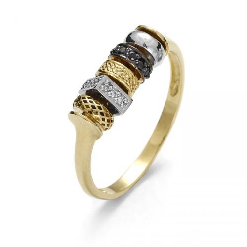 Złoty pierścionek z ruchomymi elementami