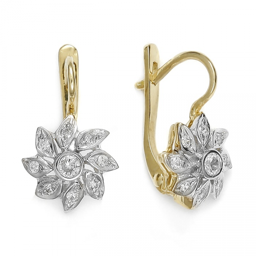 Gold earrings with english clasp