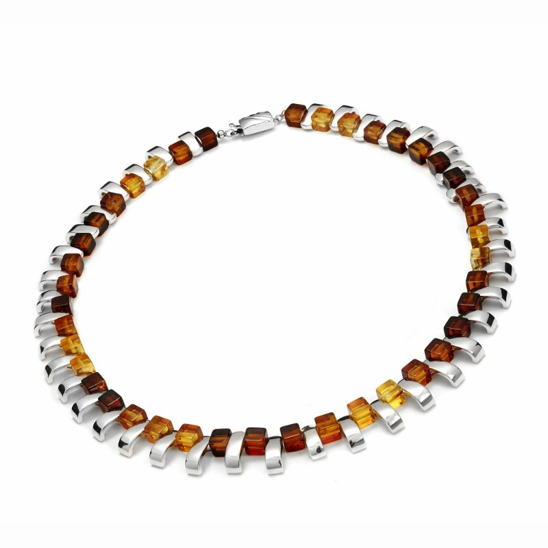 Necklace with amber cubes and silver elements