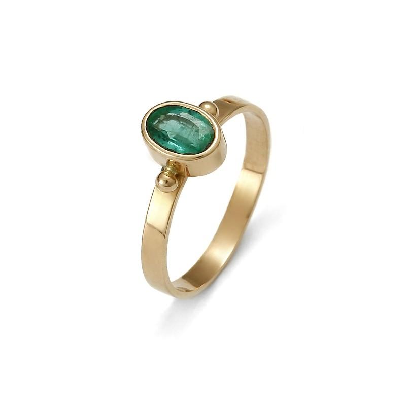 5a3f3bce1e2aab Złoty pierścionek ze szmaragdem - Firma Jubilerska Małgorzata Wąsowska
